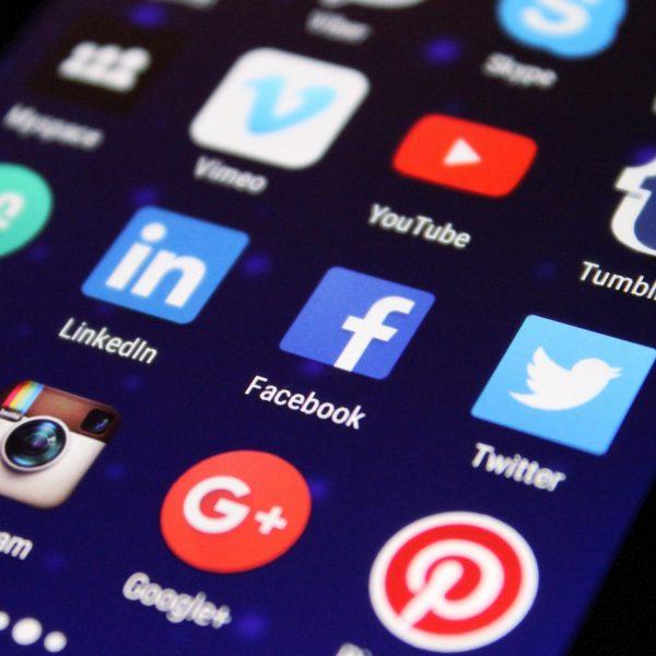 Facebook enrichit les informations sur le contenu de marque